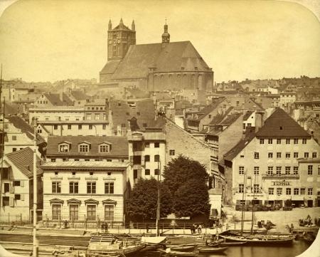 Bulwar Nadodrzański z k.św.Jakuba; 1856-64; (MNS/A.Foto/15480; Szczecin)