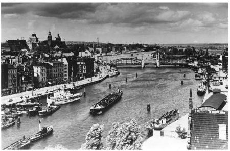 Szczecin Widok z wieży UC na Bulwar i Most Kłodny (MNS/A.Foto/16590; Szczecin)